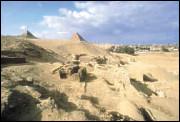 Гробницы строителей Пирамид